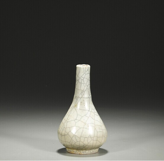 中鸿信元哥窑胆瓶、乾隆真迹等馆藏级艺术品将在联拍在线开拍